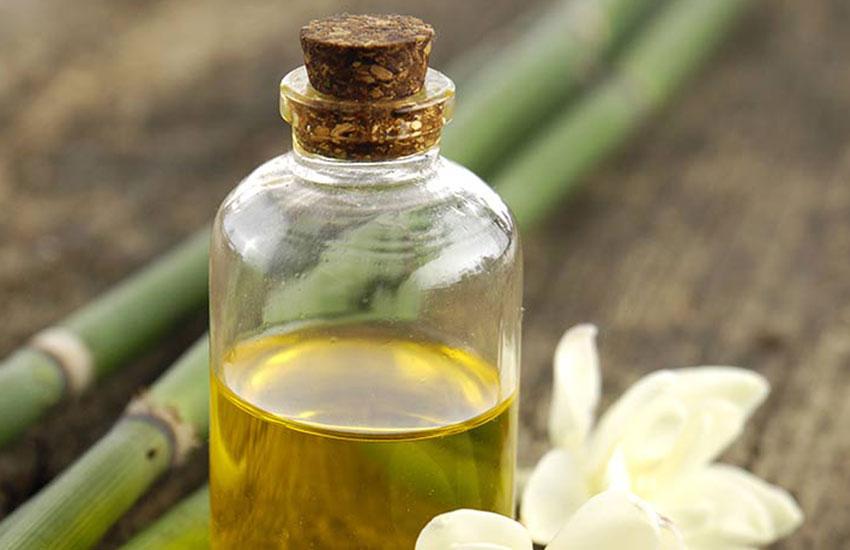 تفاوت عطر اصل و تقلبی - روغنی بودن عطر تقلبی