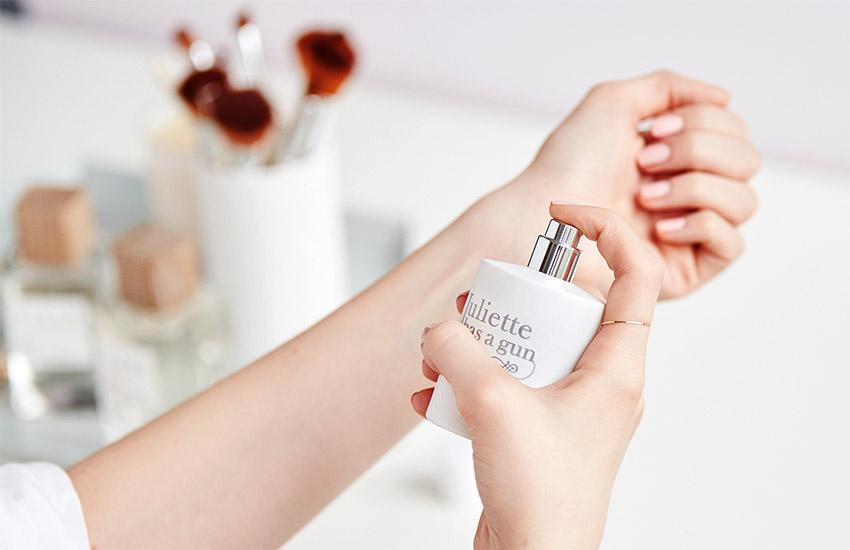راهنمای تشدید بوی عطر- استفاده از لوسیون بدن