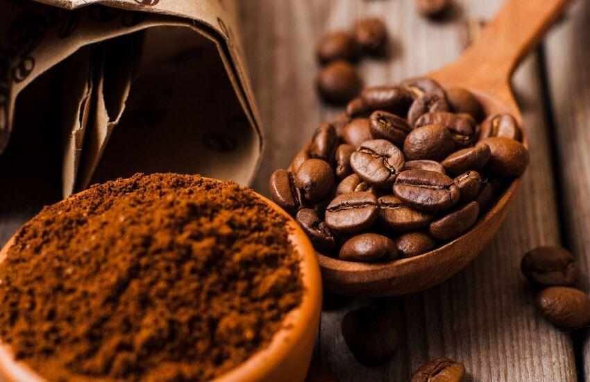 دانههای قهوه بو را خنثی میکنند.